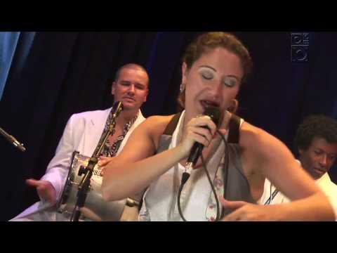 """Maria Rita com Quinteto em Branco e Preto - """"Tá Perdoado"""" - Trama/Radiola 04/05/09"""