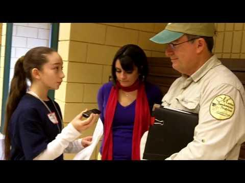 Pavlina Interviews University of Florida Bee Technician and Local Beekeeper - Pavlina