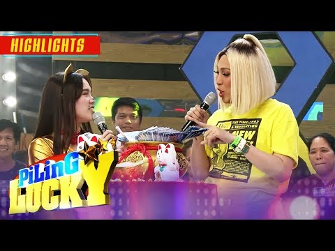 Vice Ganda notices Ate Girl   It's Showtime Piling Lucky