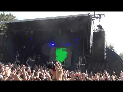 Skrillex_2 @ Inox Park Festival 2011