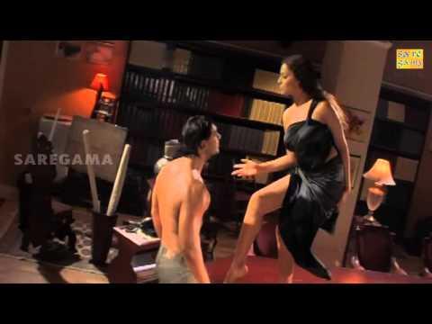Hot Bipasha Basu and John Abraham in Madhoshi Movie thumbnail