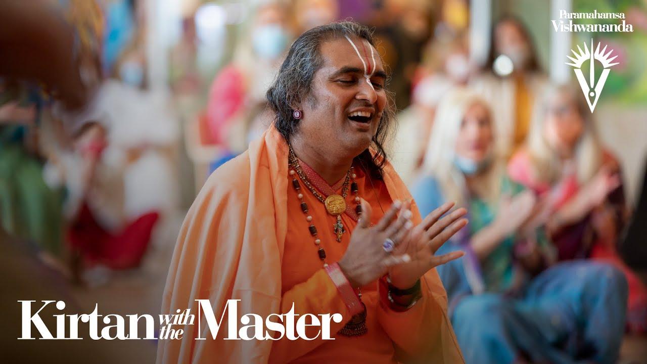 Download Selengai Katti Odi Odi Vayo   Kirtan with the Master