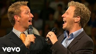 Gaither Vocal Band, Ernie Haase & Signature Sound - Holy Highway (Live)