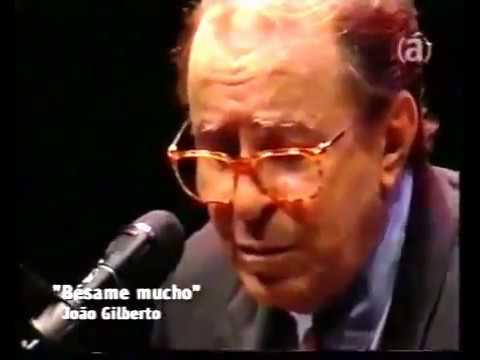 João Gilberto e Caetano Veloso - Besame Mucho