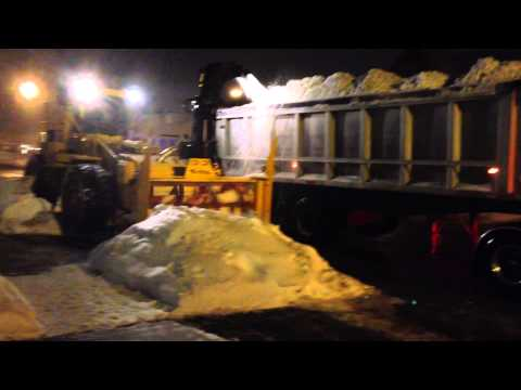 City of Ottawa clears snowbanks