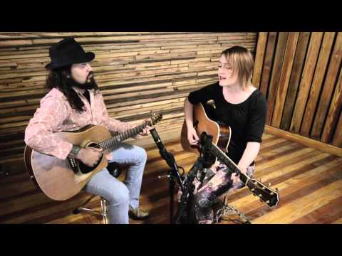 "Hannah Harber Performs ""Hold On You"" Live @ Medusa Studios Mp3"