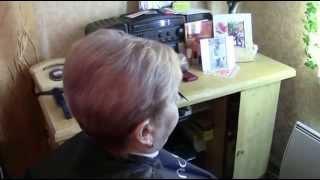 Жіноча модельна стрижка ШАПОЧКА(На відео показано технологію виконання жіночої короткої модельної стрижки шапочка... цю стрижку можна вико..., 2015-01-30T21:50:45.000Z)