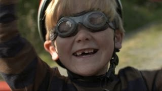 BENNY AND JACK'S FLYING MACHINE Trailer | TIFF Kids 2013