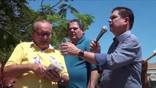 Osmar Baquit marca presença em passeata ao lado de Mauro Filho e João Dilmar