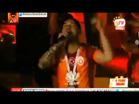 Wesley Sneijder  Fener Ağlama  Galatasaray 20. Şampiyonluk Kutlamaları