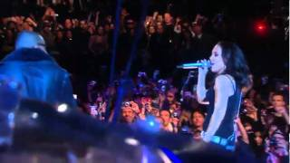 Alicia Keys & Jay-Z - Empire State of Mind LIVE NYC