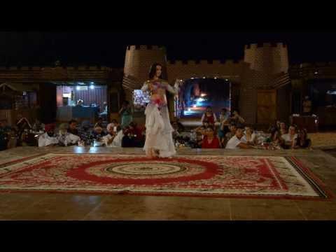 Belly Dancing - Dubai Desert Safari
