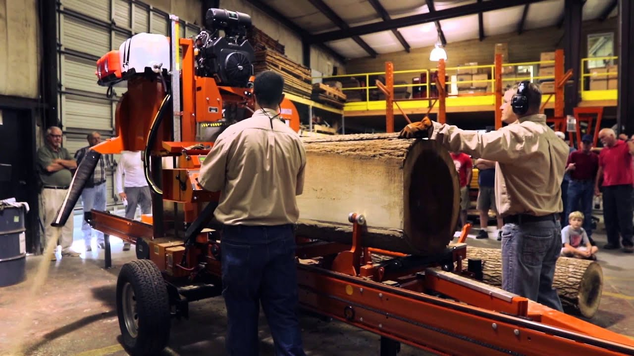 Wood-Mizer LT40 Hydraulic Portable Sawmill - See It In Action