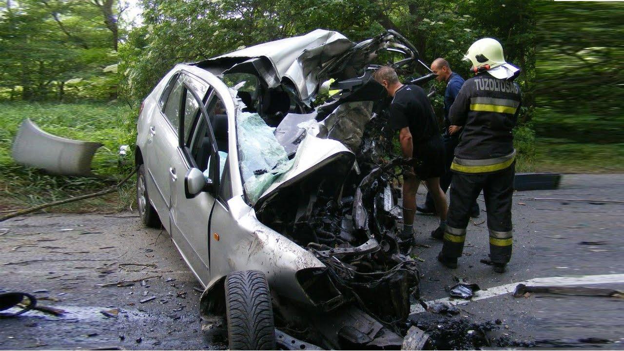 ... Toyota Verso - Road - Crash - Compilation - Auto - 2016 - 2017 - 2018