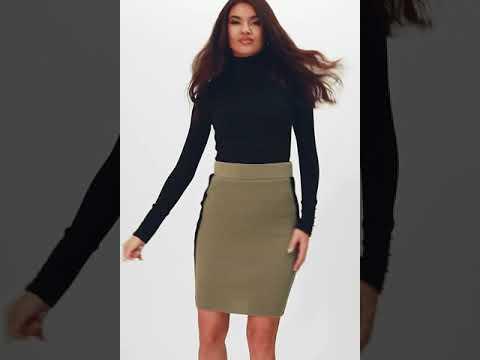 Вязаная юбка-мини с лампасами