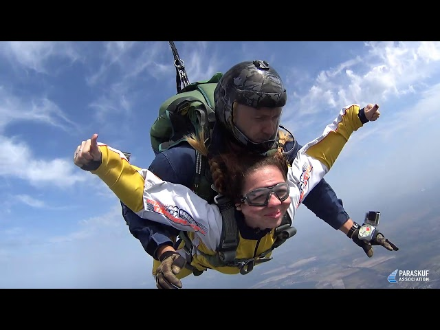 Прыжок с парашютом с инструктором на DZ c Paraskuf. Киев, Украина