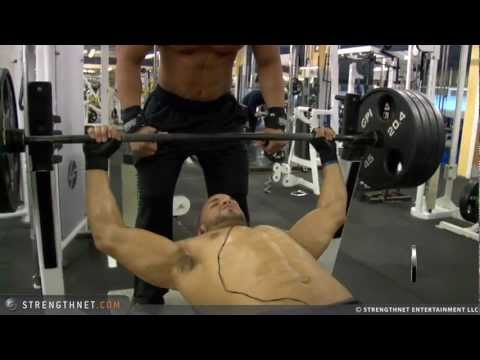 Jay Benches 425LBS in Bodybuilding Condition