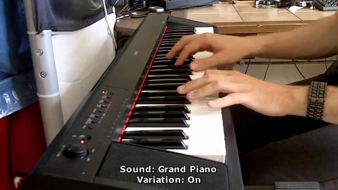 Yamaha piaggero np11 61 key compact portable keyboard for Yamaha np11 digital piano