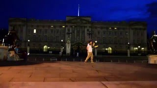 Freestyle Nunchaku E005:  Freestyle for the Queen