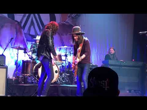 Blackberry Smoke - Can't You Hear Me Knocking With Tyler Bryant & The Shakedown @ The Space 5/17/18