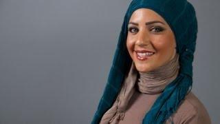 موديلات حجاب مع لفات الخصل المنسدلة