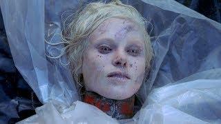 5分钟看完科幻惊悚电影《入侵脑细胞》金发美女竟被变态制成玩偶