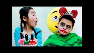 Learn colors with Face Painting Makeup Funny Baby Songs for Kids