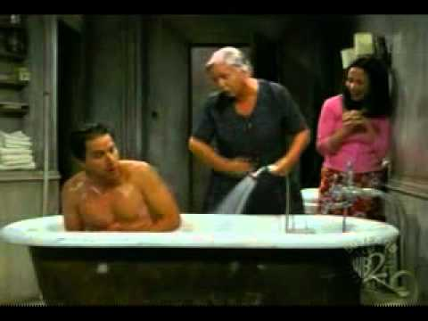 Everybody Loves Raymond Italy The bath scene