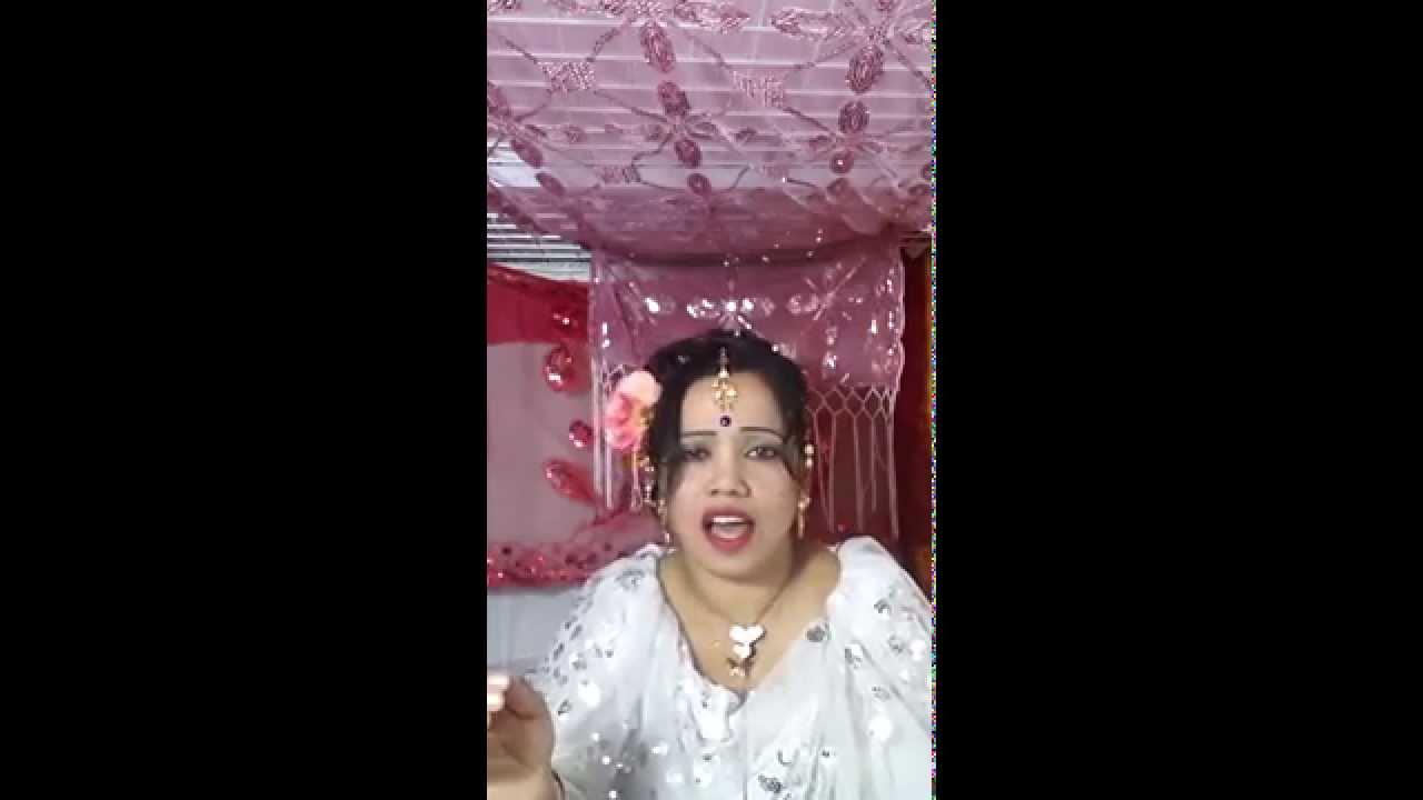 Bangladeshi Expat Women Singing Bangla Song  সৌদি প্রবাসী নারীর ব্যতিক্রমি গান