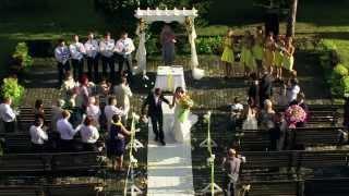Позитивная желто-голубая свадьба