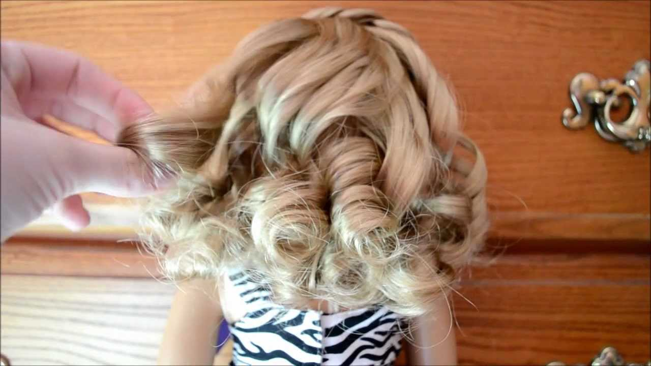 how to curl your american girl doll 39 s hair youtube. Black Bedroom Furniture Sets. Home Design Ideas