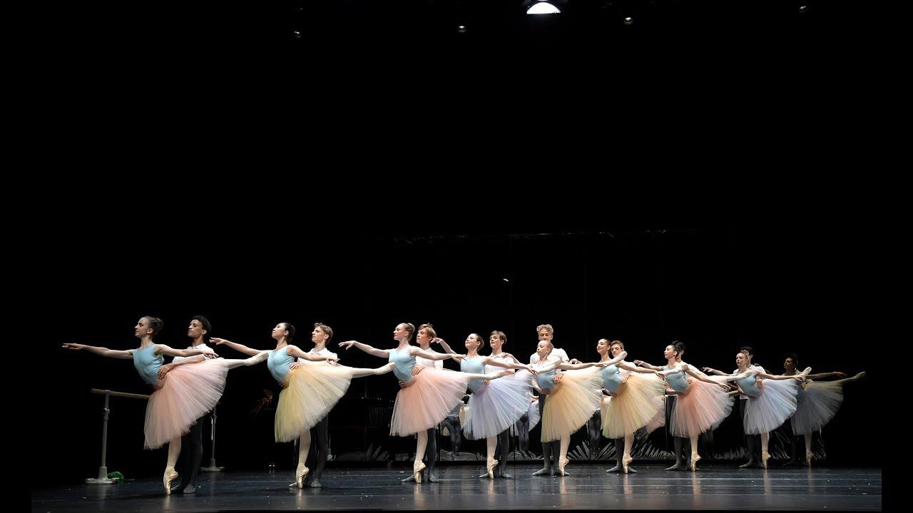Ballett Weihnachten 2019.Tanz Akademie Zürich Zhdk Ch