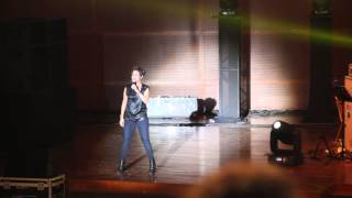 Gambar cover Sunidhi Chauhan Live in KL March 2014 - Kamli