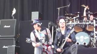 Avenged Sevenfold - Afterlife [Intro] (Rock on the Range 2009)