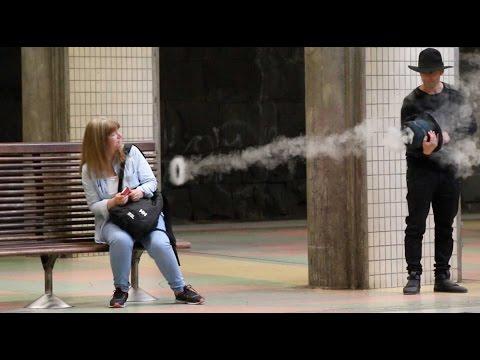 Magician Pranks people with Smoke Rings - Julien Magic