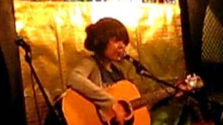 Red Room | Thai Trinh Cover (live)