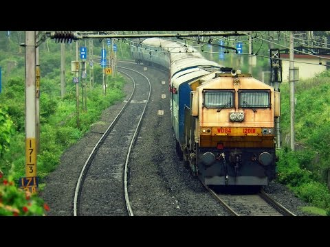 FREIGHT Locomotives Hauling EXPRESS Trains - WDG4 Unlimited !!