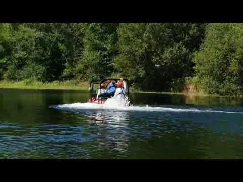 Alfonso Rueda prueba vehículos acuáticos en A Estrada