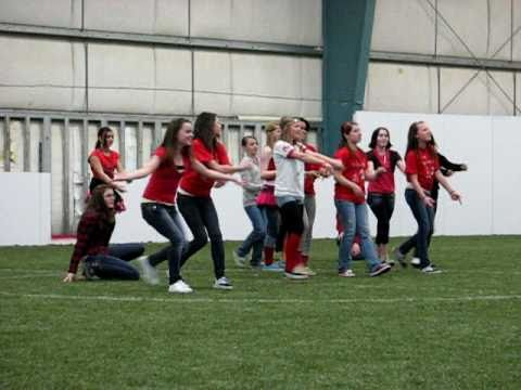 totem middle school flash-mob