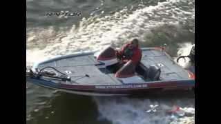 Conheça o Bass Boat XRaptor, do estaleiro XTREME Boats