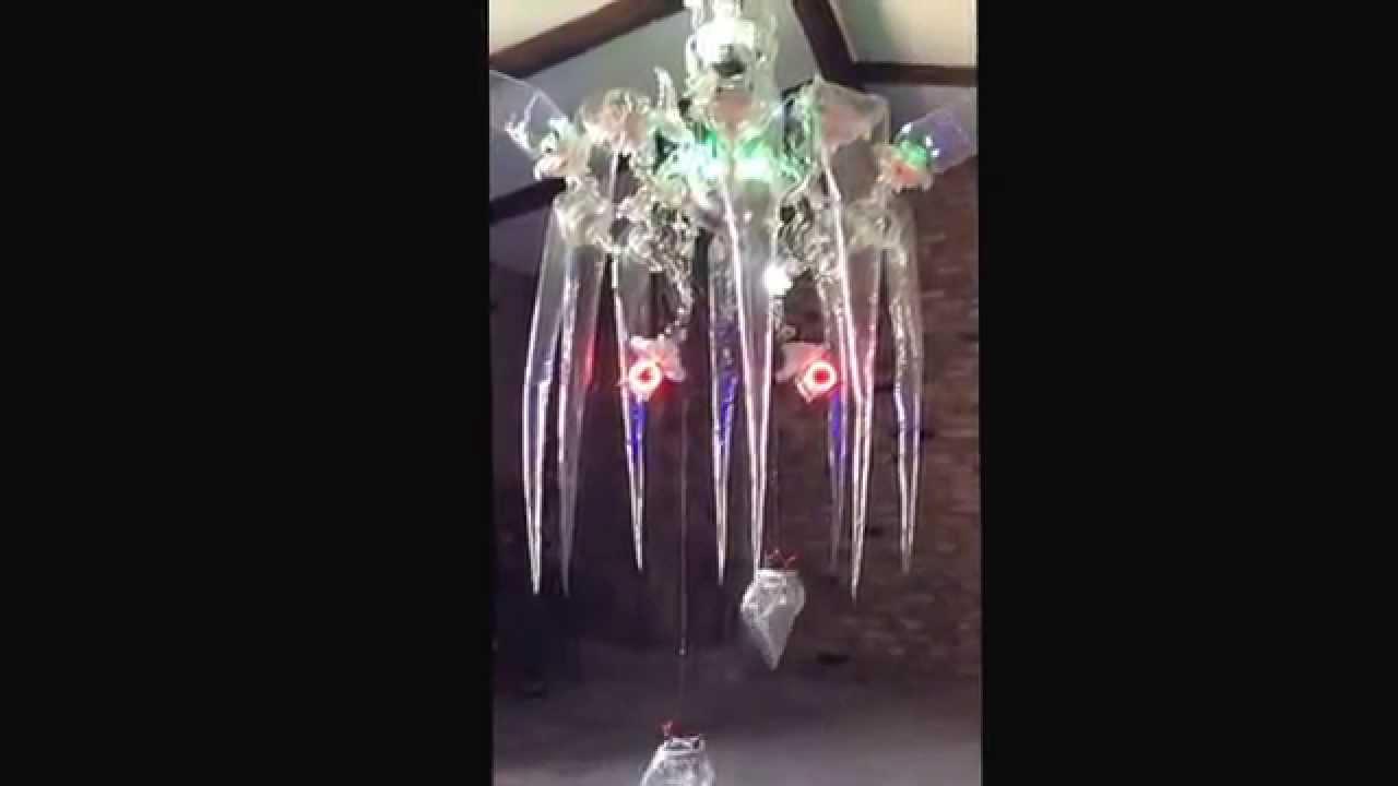 Le lustre en plastique youtube - Lustre en gobelet plastique ...