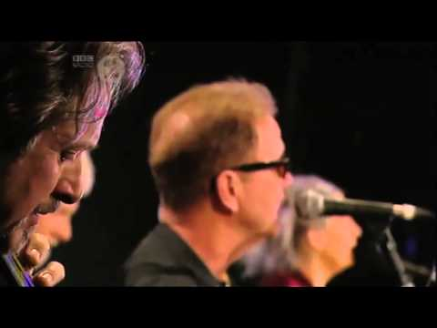 June Tabor & The Oysterband - Fountains Flowing (live from the BBC Radio 2 Folk Awards 2012)