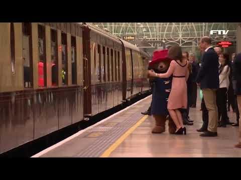 런던역에서 곰 인형과 춤을 추는 케이트 미들턴 왕세손비
