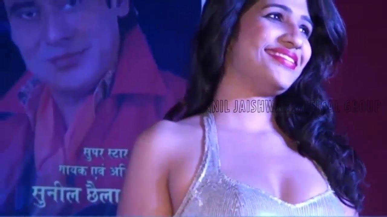 Download Latest Bhojpuri Live Satge Show HD With Roshni Ji And Sanjana Ji