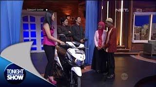 Raeni memberikan surprise untuk Sang ayah