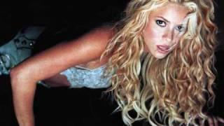 Shakira -  Poem to a Horse +  Lyrics