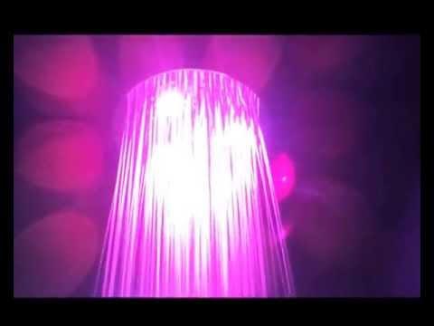 Soffioni doccia con cromoterapia soffioni doccia a led youtube - Doccia con led colorati ...
