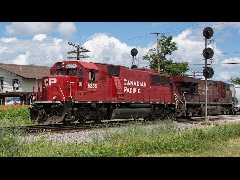 Railfanning the Canadian Pacific and Canadian National in Duplainville, WI