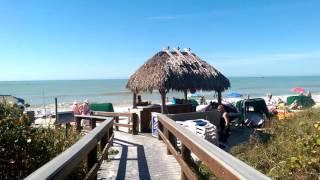 Barefoot Beach Amenities