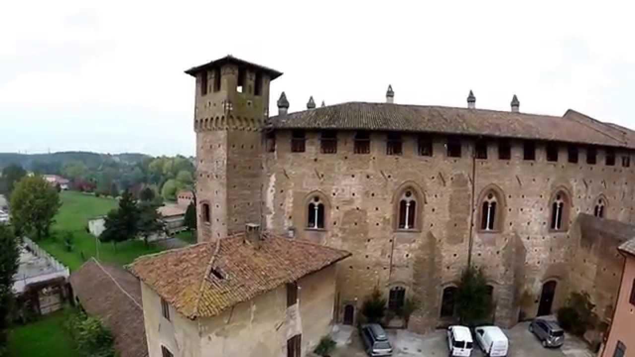 Castello di sant 39 angelo lodigiano dal drone youtube - Piscina s angelo lodigiano ...